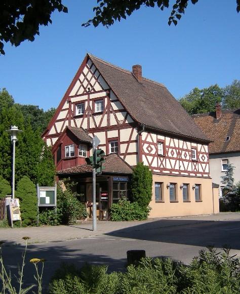 Büttelhaus vom Marktplatz aus