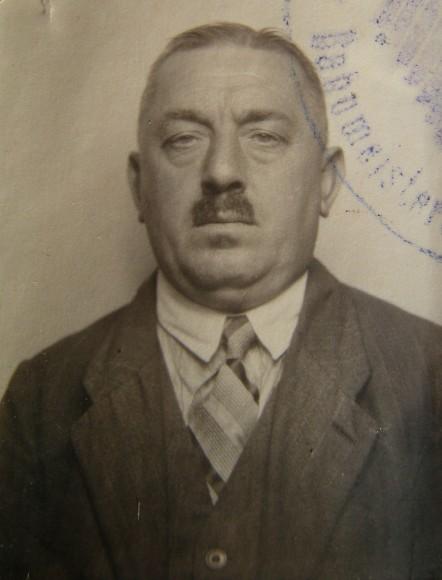 Der Vater, <b>Konrad Klein</b>, heiratete 1914 in Ernsing, Kreis Kehlheim, ... - Ottos_Vater_k